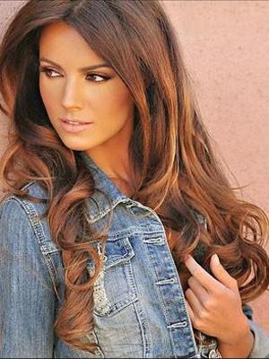 Natural Human Hair Wavy Lace Front Wig