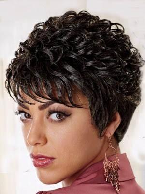 Brilliant Capless Wavy Synthetic Wig