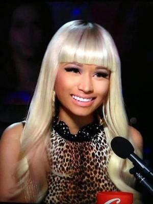 Nicki Minaj's Long Wavy Synthetic Celebrity Wig