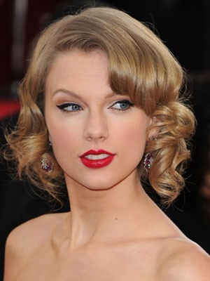 Taylor Swift Pleasant Hairstyle Lace Front Wig