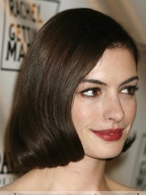 Anne Hathaway Charming Synthetic Straight Lace Front Wig