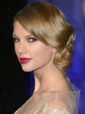 Taylor Swift Good Looking Wavy Lace Front Synthetic Wig