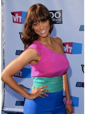 Tyra Banks Affordable Wavy Synthetic Capless Wig