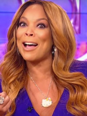 Gorgeous Wendy Williams Wavy Lace Front Synthetic Wig