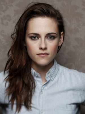 Admirable Kristen Stewart Wavy Lace Front Synthetic Wig