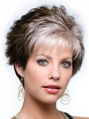 Capless Wavy Short Gray Wig with Wispy Bang
