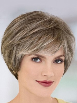 Short Wavy Gray Wig With A Charming Bangs