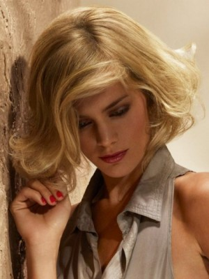 Attractive Wavy Capless Remy Human Hair Wig
