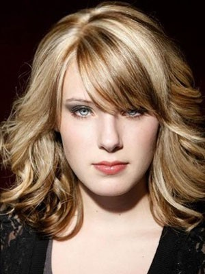 Admirable Lace Front Wavy Human Hair Wig