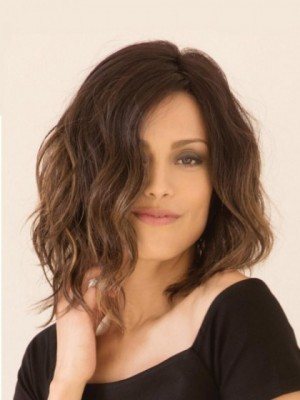 Smooth Synthetic Lace Front Wavy Wig